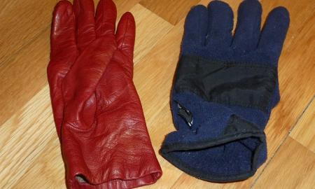 red glove blue glove