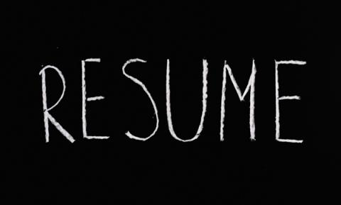 "Graphic with the word ""resume"""