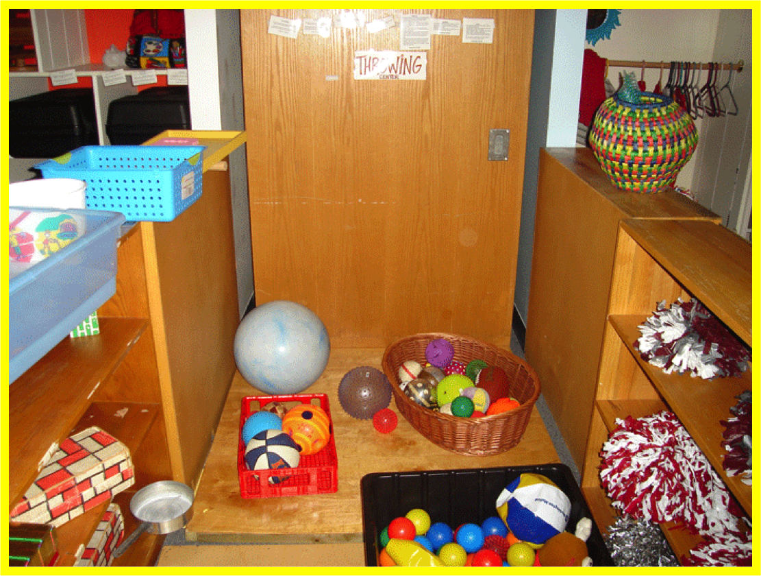 Throwing center in Active Learning classroom