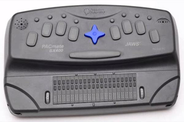 An example of an accessible notetaker with 20-cell refreshable braille display.