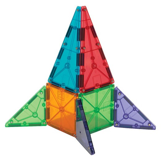 3D shape of a rocket using solid Magna-tiles.